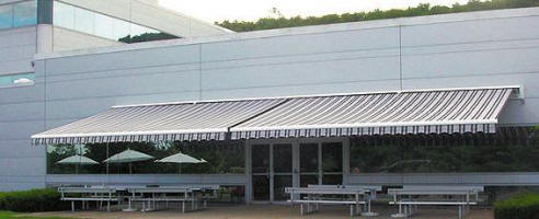 Allutex Giant Retractable Awning